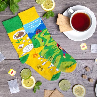 Mismatched Sokken Tea