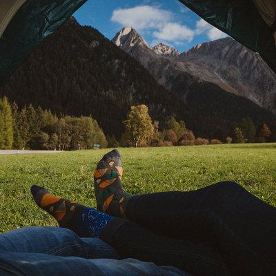 Mismatched Sokken Camping